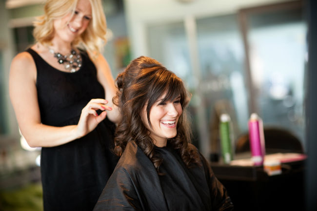 Why You Should Look at Cosmetology Careers